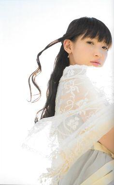 Yoshino Nanjō pretty japanese girl