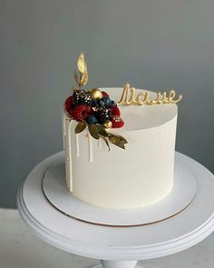 Elegant Birthday Cakes, Cute Birthday Cakes, Beautiful Birthday Cakes, Cake Piping, Buttercream Cake, Creative Cake Decorating, Creative Cakes, Cake Filling Recipes, Fancy Desserts