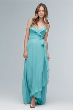Bridesmaid Dresses & Gown Photos - Find the perfect bridesmaid dress pictures at WeddingWire. Browse through thousands of wedding photos of bridesmaid dresses and gowns. Classic Bridesmaids Dresses, Bridesmaid Dresses Online, Bridesmaid Dress Styles, Gown Photos, Wedding Dresses Photos, Bridal Dresses, Bridal Reflections, Dress Picture, Prom