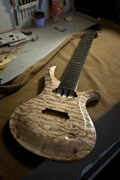 Rusti Guitars, Beautiful
