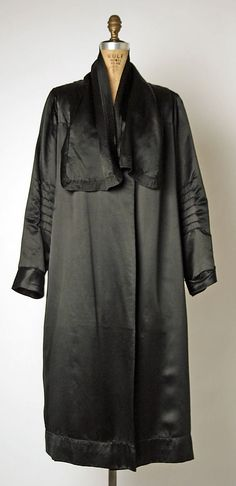 "Coat, Evening  House of Chanel  (French, founded 1913)  Designer: Gabrielle ""Coco"" Chanel (French, Saumur 1883–1971 Paris) Date: ca. 1920 Culture: French Medium: silk"