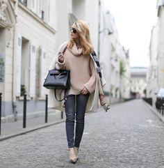 El cuello de tu jersey se da una vuelta con estos looks de calle perfectos