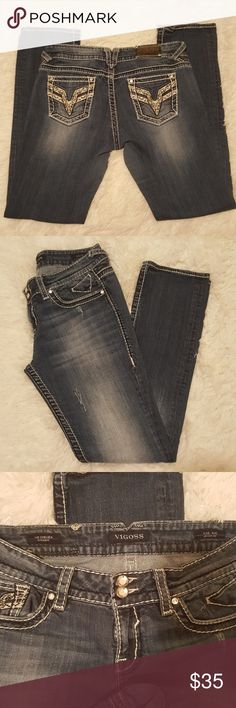 """Vigoss Chelsea Straight Size 9/10 EUC with some factory distressing, Length is 33"""" Vigoss Jeans Straight Leg"""