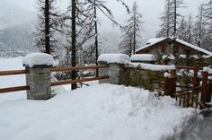 Sequence of photos of April snowfall at Cere. Credits: Paolo B. Here still 30 cm. (Ceresole Reale, NW Alps, Italy)