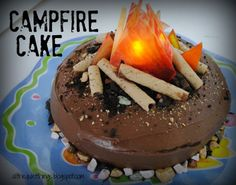 Campfire Cake! So stinking cute! My sister is so creative!!