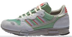ZX 510 In there were a number of key technological breakthroughs that changed the world. In the year that saw the launch of the first Apple Macintosh Adidas Zx 800, Casual Art, Vintage Sneakers, Versace Men, Pharrell Williams, Shoe Brands, Adidas Shoes, Adidas Originals, Hiking Boots