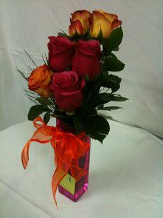 Detalle Floral de 6 Rosas