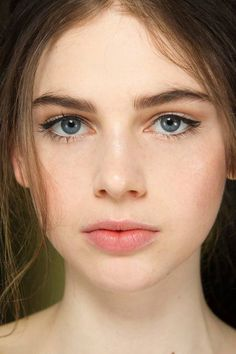 Dolce & Gabbana Fall 2014 beauty