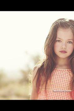 Mackenzie foy discovered by Kirsten on We Heart It Mackenzie Foy, Helen Mirren, Christopher Nolan, Keira Knightley, Young Models, Celebs, Celebrities, Beautiful Children, Beautiful Actresses