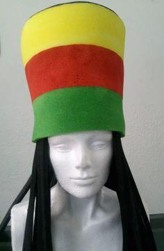 sombreros de hule espuma para fiestas. desde $40 pesos Crazy Hat Day, Crazy Hats, Funny Hats, Moana, Collage Art, Crafts For Kids, Neon, 15 Years, Wigs