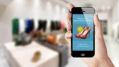 Met iBeacons kunnen winkels allerlei klantprocessen makkelijker maken. IBeacons is een draadloze technologie van Apple, waarmee je kortingsbonnen naar gebruikers kunt sturen en indoor navigatie via iBeacons kunt regelen.