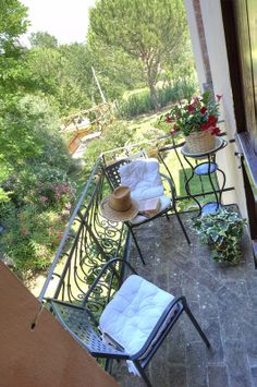 The interior and exterior of the apartment Margherita in the Canale Farm, Montelopio, Tuscany.