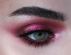 Close up shot of an eye look using the PINK LEMONADE #PocketCandyPalette by @picturresque Shop this newly released palette on limecrime.com.