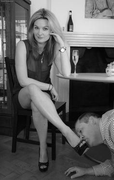 foot slave bdsm