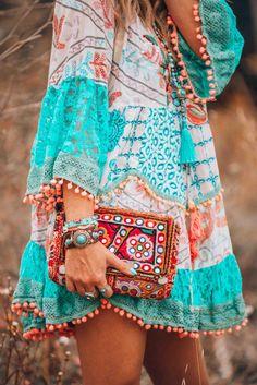 Women Dress Light Blue Plus size Cotton-Blend Bell Sleeve Casual Shop Casual Dresses – Neon Blue Short Dress Boho Hippie Floral Lace Sleeve Casual [. Boho Hippie, Hippie Style, Estilo Hippie Chic, Bohemian Style, Boho Chic, Modern Hippie, Hippie Jewelry, Yoga Jewelry, Hippie Masa