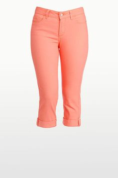 Not Your Daughter's Jeans Official Store, NYDJ-1157 Carmen Cuffed Crop, nydj.com #PintoWinNYDJ