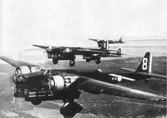 A flight of ungainly Amiot 43, this outdated French bomber could carry 1,5 tons of bombs at a max speed of 295Km/h (185 mph). 50 of them were still in service in May 1940.