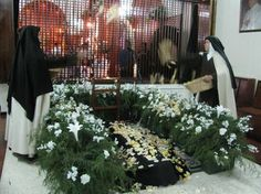 prostration during the rite of Solemn Profession ~ Discalced Carmelite Nuns - Rubio, Venezuela The Nun's Story, Edith Stein, Nuns Habits, Tears In Heaven, Bride Of Christ, The Rite, Roman Catholic, Film, Woods