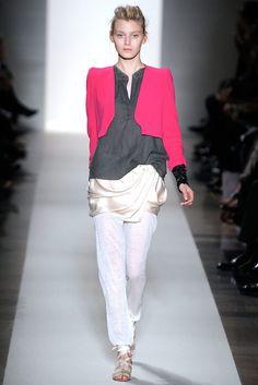 Vanessa Bruno Spring 2010 Ready-to-Wear Collection Photos - Vogue
