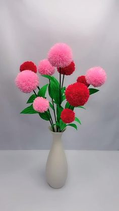 Cool Paper Crafts, Paper Flowers Craft, Paper Crafts Origami, Diy Crafts For Gifts, Diy Arts And Crafts, Flower Crafts, Creative Crafts, Fun Crafts, Pom Pom Flowers