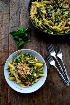 Chicken Penne with Asparagus & Peas #recipe