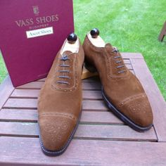http://chicerman.com  ascotshoes:  How about a pair of suede shoes in brown for the weekend. . Email Sammy for full consultation on sizing fitting Made To Order MTO stock & prices.  Ascotshoes@outlook.com - - - - - - - - - - - - - - - - #vassshoes #johnlobb #bespokeshoes #saintcrispin #finestshoes #rolex #crockettsandjones #handmadeshoes #hermes #dandy #handwelted #ascotshoes #classicshoes #englishshoes #pittiuomo87 #gentleman #suitedandbooted #gentlemanwithstyle #pocketsquare #edwardgreen…
