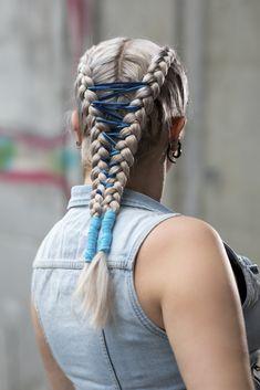 Braids, Bubbles & Buns - Festivalfrisuren Must-haves Coachella, Braids, Bubbles, Dreadlocks, Hair Styles, Beauty, Inspiration, Fashion Styles, Hairstyle