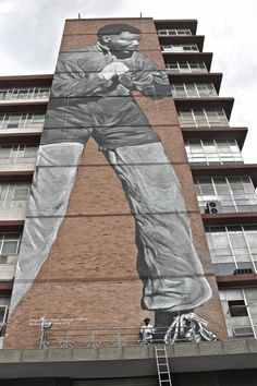 """""""I am, Because We Are"""" New Madiba Tribute Mural in Jozi   S.O.M.F"""