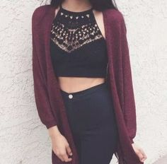 Crop top - High waisted jeans - Wine cardigan