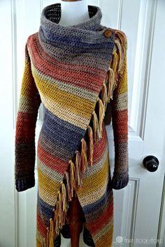 Blanket Cardigan Crochet Pattern - nähen,stricken, häkeln - This blanket style wrap cardigan is so chic! It features a fantastic drape, a classy button closure - Gilet Crochet, Crochet Coat, Crochet Cardigan Pattern, Crochet Blanket Patterns, Crochet Clothes, Knitting Patterns, Ravelry Crochet, Crochet Sweaters, Beanie Pattern