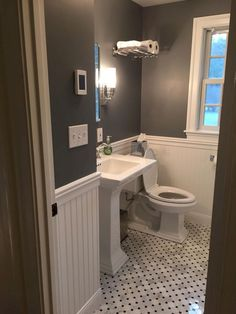 Nice 60 Awesome Small Bathroom Remodel Ideas https://homeideas.co/344/60-awesome-small-bathroom-remodel-ideas #bathroomimprovements