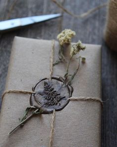 brown paper package tied up w/ string (twine) wax seal . brown paper package tied up w/ string (twine). Creative Gift Wrapping, Creative Gifts, Wrapping Gifts, Japanese Gift Wrapping, Christmas Gift Wrapping, Christmas Gifts, Holiday Gifts, Outdoor Christmas, Christmas Stockings