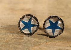 Boucles doreilles Boutons Cabochons de verre. par MrAndMrsBeaver Cabochons, Turquoise, Rings, Etsy, Jewelry, Buttons, Ears, Unique Jewelry, Boucle D'oreille
