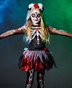 How cute is this Day of the Dead costume for kids? Perfect for anyone looking for a cute Halloween costume for trick or treat.