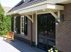 Entree en luifel notariswoning Veranda Pergola, Front Porch Pergola, Front Door Canopy, Small Front Porches, Traditional Home Exteriors, Traditional House, Porch Roof Design, Dutch House, Next At Home