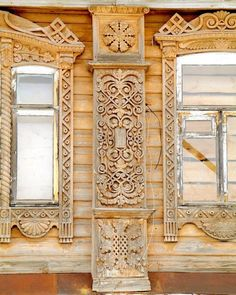 The folk arts and crafts of Russia, including fairy tales, legends, primitive arts and design. Wooden Architecture, Russian Architecture, Architecture Details, Old Doors, Windows And Doors, Wooden House, Window Frames, House In The Woods, Wooden Doors