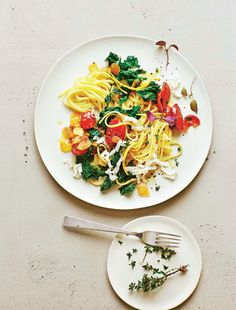 Linguine with green cabbage and chorizo: Linguine with green cabbage