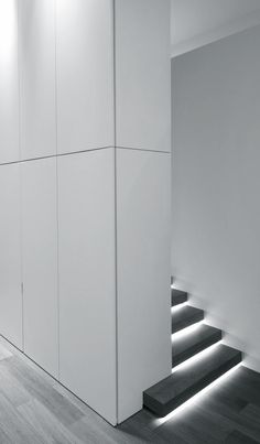 HS Residnece — CUBYC Architects Use Light as Art give your stairs a touch of Class and style. Minimalist Architecture, Light Architecture, Minimalist Interior, Interior Architecture, Interior Design, Modern Staircase, Staircase Design, Stair Handrail, Stair Lighting