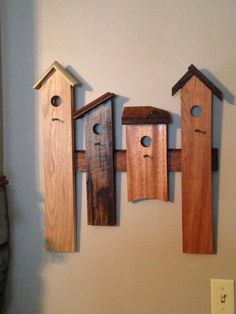 Bird house wall art Wood Projects That Sell, Wooden Projects, Diy Pallet Projects, Wood Crafts, House Shelves, House Wall, Bird Wall Art, Bird Bedroom, Wood Creations