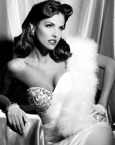 stunning old hollywood style