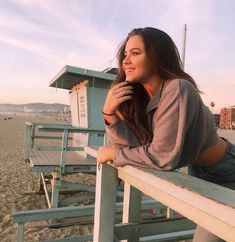 Instagram Beach Instagram Pictures, Instagram Pose, Instagram And Snapchat, Instagram Outfits, Instagram Girls, Instagram Ideas, Cute Poses For Pictures, Picture Poses, Summer Pictures