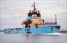 And my one of my most favorite tugs: The Maersk Master. another 80 meter long ship. Lion Live Wallpaper, Maersk Line, Offshore Boats, What's The Number, Fishing Vessel, Merchant Marine, Sailing Adventures, Boat Stuff, Le Havre