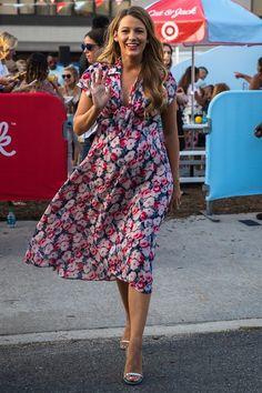 Les plus beaux looks de grossesse de Blake Lively - Journal des Femmes