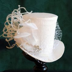 Bridal Mini Top Hat,Tea-party Mini Top Hat,White Victorian Mini Top Hat - Ready to Ship by BizarreNoir steampunk buy now online hats Bridal Mini Top Hat,Tea-party Mini Top Hat,White Victorian Mini. Steampunk Hat, Steampunk Wedding, Steampunk Fashion, Steampunk Necklace, Steampunk Clothing, Gothic Fashion, Hats Tumblr, Victorian Hats, Victorian Gothic