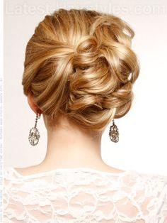15 Fascinating Up-Do Hairstyles For A Formal Event - fashionsy.com