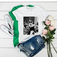 Audrey Hepburn Sunglasses Breakfast at Tiffany t shirt Billie Eilish, Audrey Hepburn Sunglasses, Stevie Nicks T Shirt, The Weeknd Trilogy, Tiffany T, Rose T Shirt, Young T, Dazed And Confused, Friends Tv Show