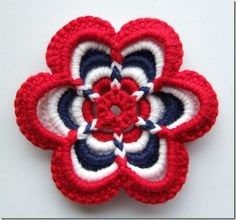 So pretty and patriotic cant wait to try Crochet Stitches Patterns, Crochet Afghans, Crochet Squares, Crochet Motif, Crochet Doilies, Love Crochet, Diy Crochet, Beautiful Crochet, Yarn Projects