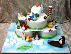 cake with cute penguins Cake Decorating Designs, Cake Designs, Penguin Cakes, Cute Penguins, Unique Cakes, Birthday Parties, Birthday Cakes, Amazing Cakes, Favorite Recipes