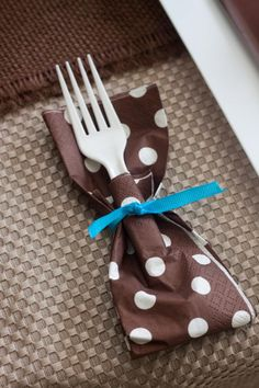 Cute and easy way to dress up plastic forks / utensils. Via Kara's Party Ideas- www.KarasPartyIdeas.com