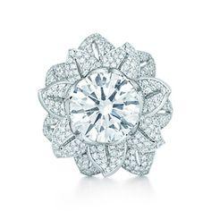 ダイヤモンド フラワー リング パヴェ ダイヤモンド プラチナ